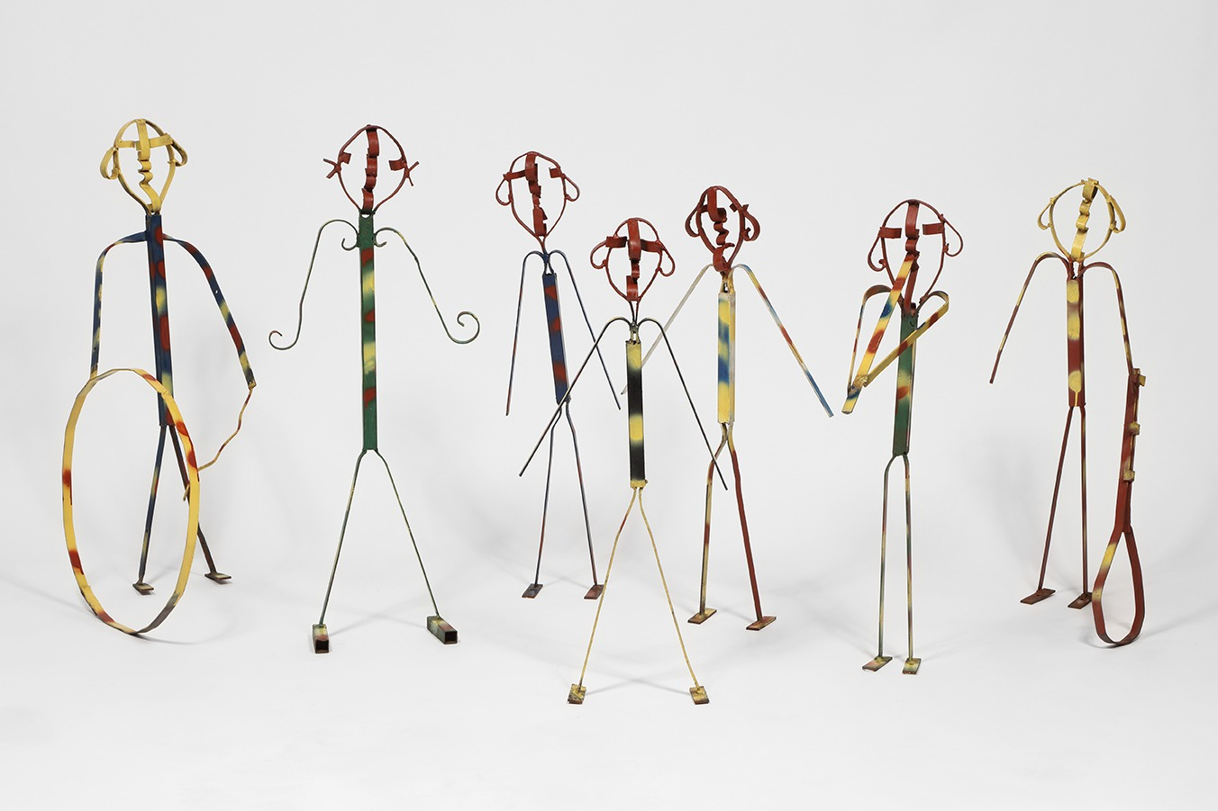 An untitled set of sculptures by Thornton Dial, dated 1987.